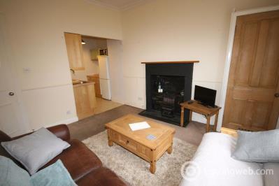Property to rent in Caledonian Crescent, Edinburgh