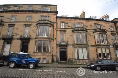 Property to rent in Buckingham Terrace