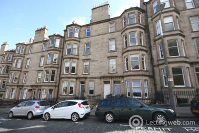 Property to rent in Comely Bank Avenue, Edinburgh
