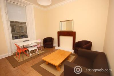 Property to rent in Lutton Place