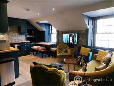 Property to rent in Wardens Close, Edinburgh
