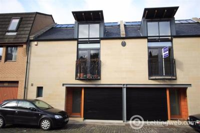 Property to rent in Merchiston Mews