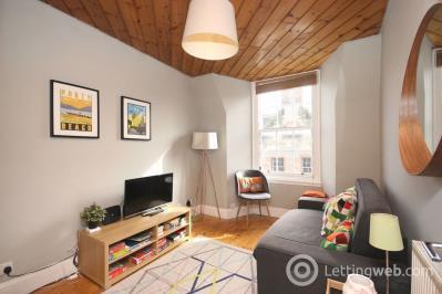 Property to rent in Canongate, Edinburgh