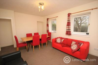 Property to rent in West Pilton Grove, Edinburgh
