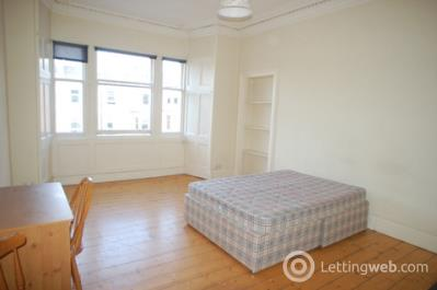 Property to rent in Hillside Street, Edinburgh, EH7 5HB