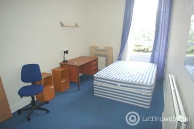 Property to rent in Bruntsfield Gardens, Edinburgh, EH10 4DZ