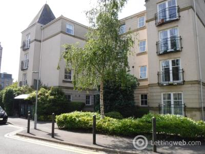 Property to rent in Huntingdon Place, Edinburgh, EH7 4AT
