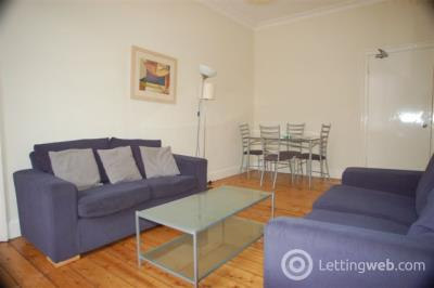 Property to rent in Montague Street, Edinburgh, EH8 9QT