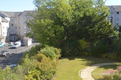 Property to rent in Hopetoun Crescent, Edinburgh, EH7 4AU