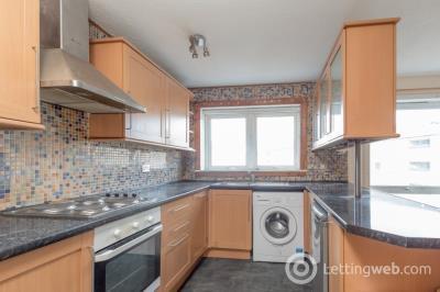 Property to rent in Westburn Grove, Wester Hailes, Edinburgh, EH14 2SA