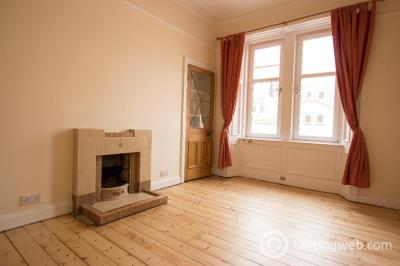 Property to rent in Marischal Place, Blackhall, Edinburgh, EH4 3NF