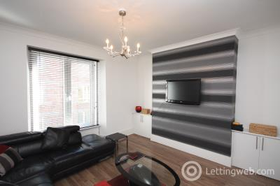 Property to rent in Raeburn Place, Aberdeen
