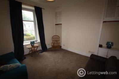 Property to rent in Bedford Road