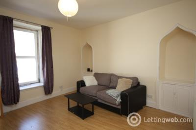 Property to rent in George Street, City Centre, Aberdeen, AB25 1EE
