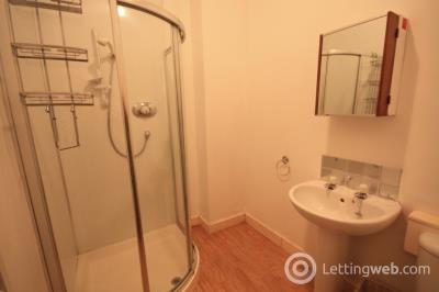 Property to rent in Powis Place, Aberdeen, AB25 3TS