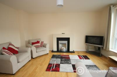 Property to rent in South College Street, Ferryhill, Aberdeen, AB11 6LD
