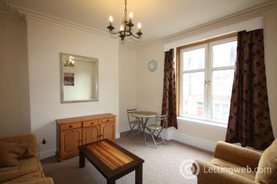 Property to rent in Wallfield Place, Rosemount, Aberdeen, AB25 2JS
