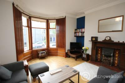 Property to rent in Abergeldie Terrace, Aberdeen, AB10 6EE