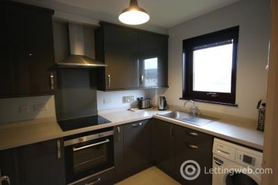 Property to rent in Pitmedden Crescent, Aberdeen, AB10 7HQ