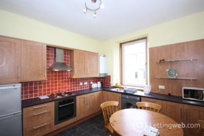 Property to rent in Richmond Terrace, Aberdeen, AB25 2RN