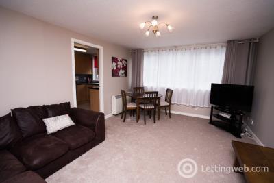 Property to rent in Richmond Court, Aberdeen, AB25 2RN