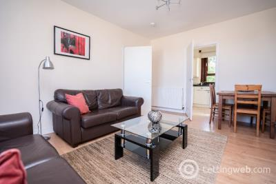 Property to rent in Hilton Drive, Hilton, Aberdeen, AB24 4PQ