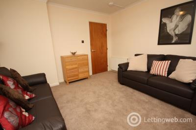 Property to rent in St Clair Street, Aberdeen, AB24 5AL
