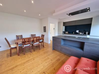 Property to rent in Broomhill Avenue, Aberdeen, AB10 6JY