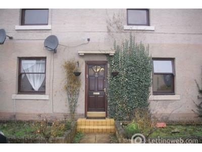 Property to rent in Carlops Avenue, Penicuik, EH26