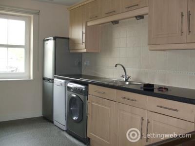 Property to rent in Peploe Rise, Dunfermline, KY11