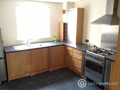 Property to rent in High Street, Dunbar, EH42