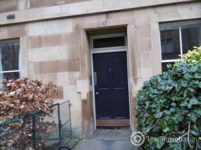 Property to rent in Livingston Place, Edinburgh, EH9