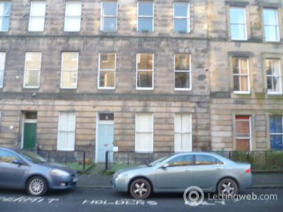 Property to rent in Oxford Street, Edinburgh, EH8