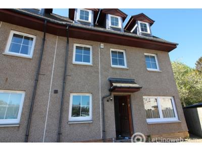 Property to rent in Glendevon Avenue, Edinburgh, EH12