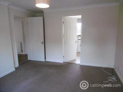 Property to rent in Skeltiemuir Avenue, Bonnyrigg, EH19