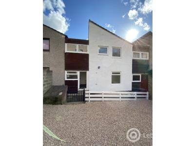 Property to rent in Thurso Crescent, DUNDEE, DD2