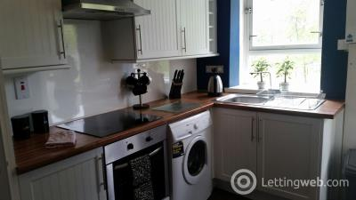 Property to rent in Three bedroom (HMO 4) - Powis Crescent - £445 pw