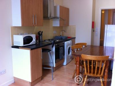 Property to rent in Two bedroom Flat Market Street - £575pcm
