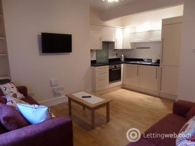 Property to rent in Fraser Street