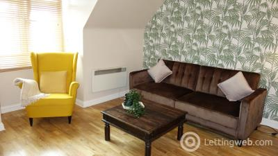 Property to rent in 1 bed flat in the city centre - Market St