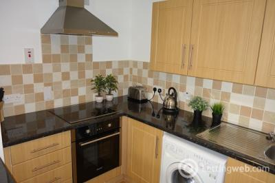 Property to rent in 1 bedroom flat - Market Street - free wi fi - £475