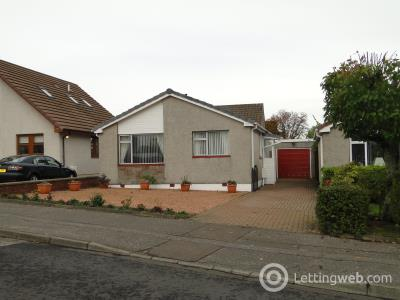 Property to rent in Viewlands Road West
