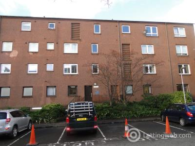 Property to rent in 8 Drumhar Court
