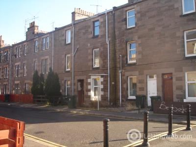 Property to rent in 17E Ballantine Place, Perth PH1 5RR
