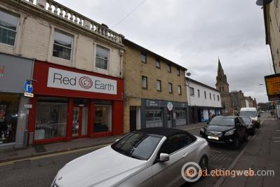 Property to rent in 10E Princes Street