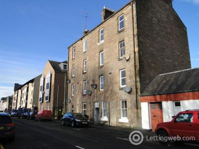 Property to rent in 11A South William Street
