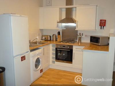 Property to rent in Morris Terrace, Stirling