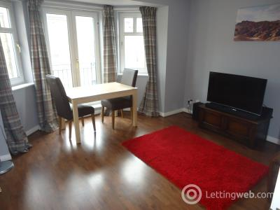 Property to rent in Sinclair Place, Gorgie