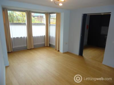 Property to rent in Slateford Green