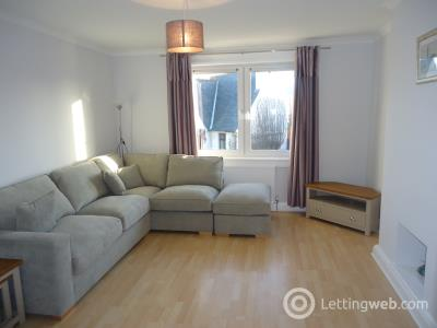 Property to rent in Longstone Crescent